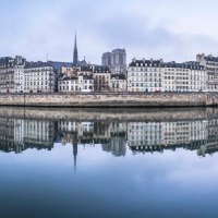 Paris, Notre-Dame : fog and reflections