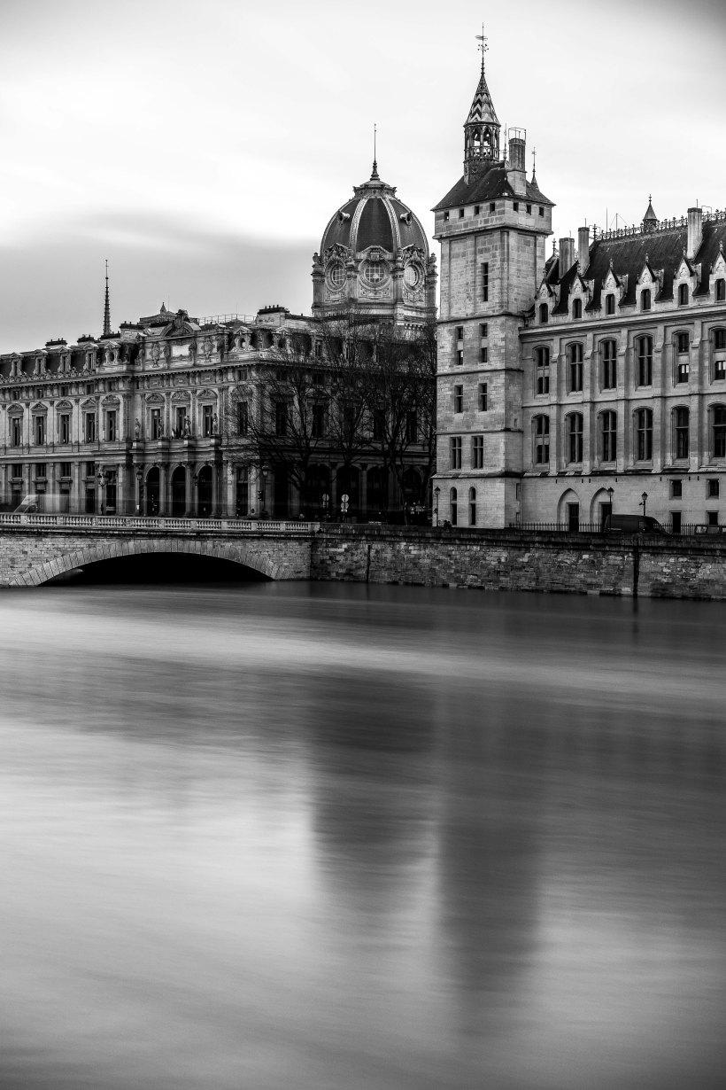 Paris, France - filling the arches