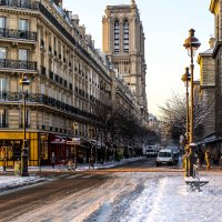 Paris : here comes the snow